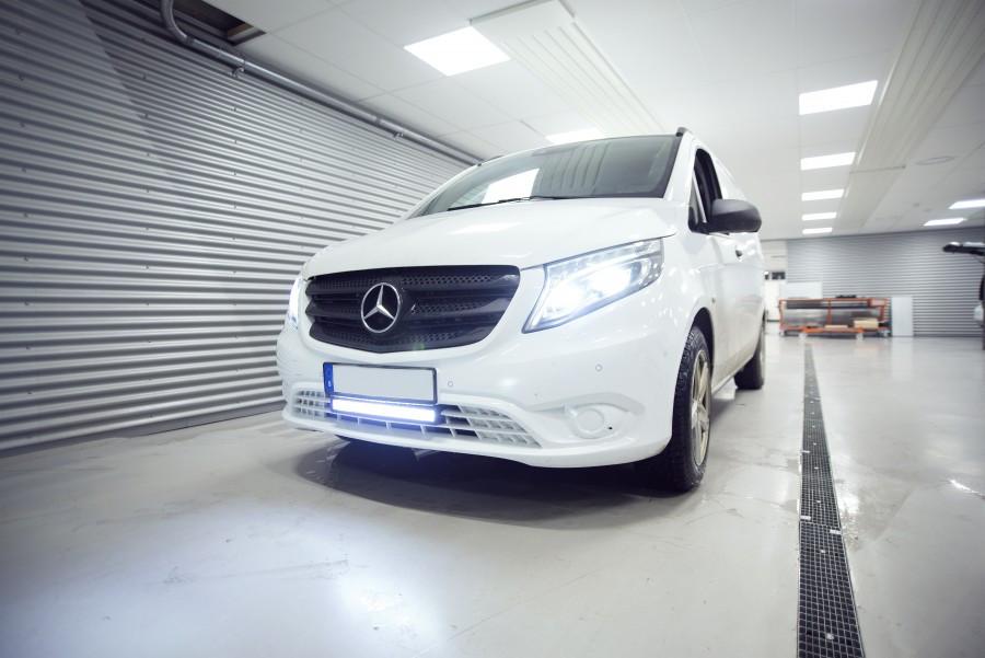 Extraljus och LED Ramper på din arbetsbil eller personbil