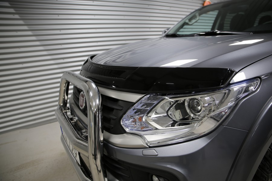 Huvvindavvisare Mitsubishi L200 och Fiat Fullback 2016-