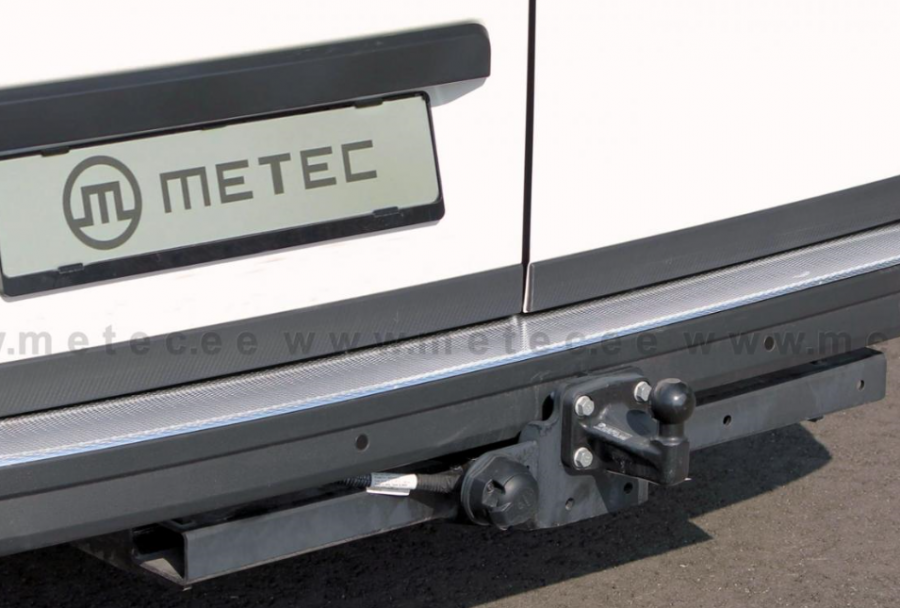 Bakstötfångarskydd i rostfritt passar VW Crafter 2017-.